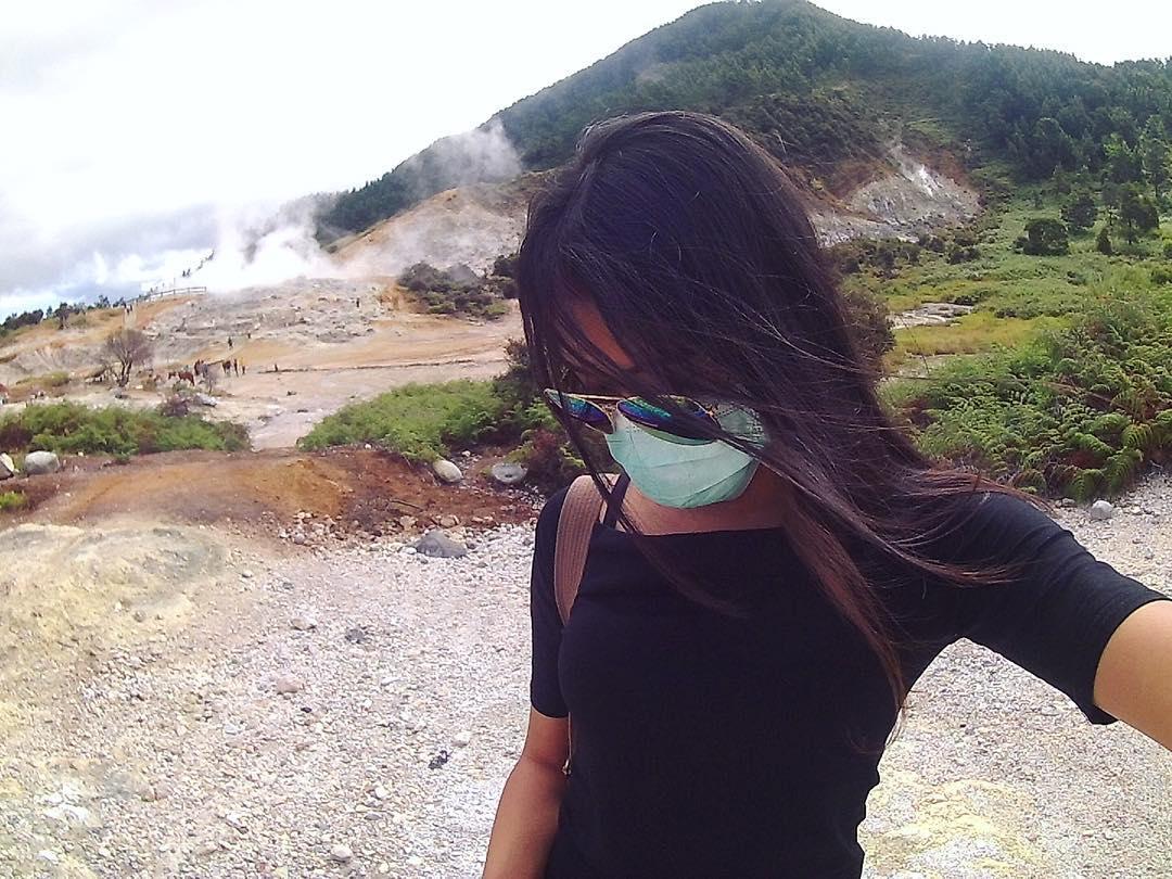 Kawah Sikidang via Luh Gde Anindya Apsari Dyaksa